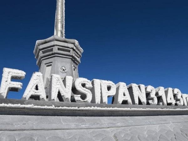 Đỉnh Fansipan, nóc nhà Đông Dương cao 3.143m