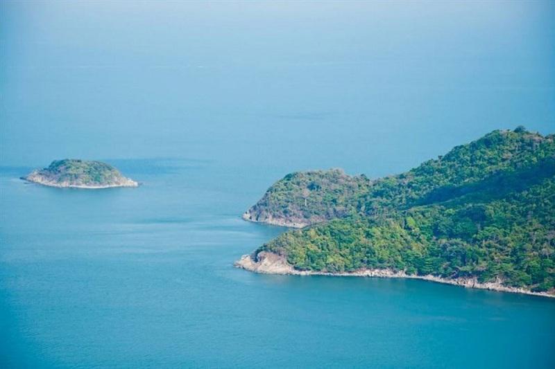 Hòn Khoai - đảo ngọc giữa thiên nhiên
